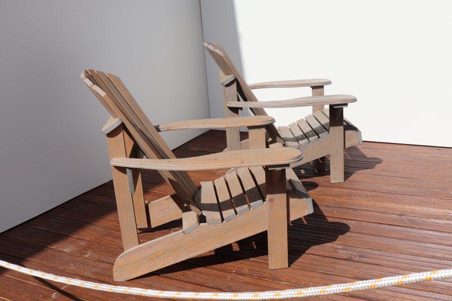poltrona da giardino americana in legno modello anastasia realizzata da linea legno vista da laterale